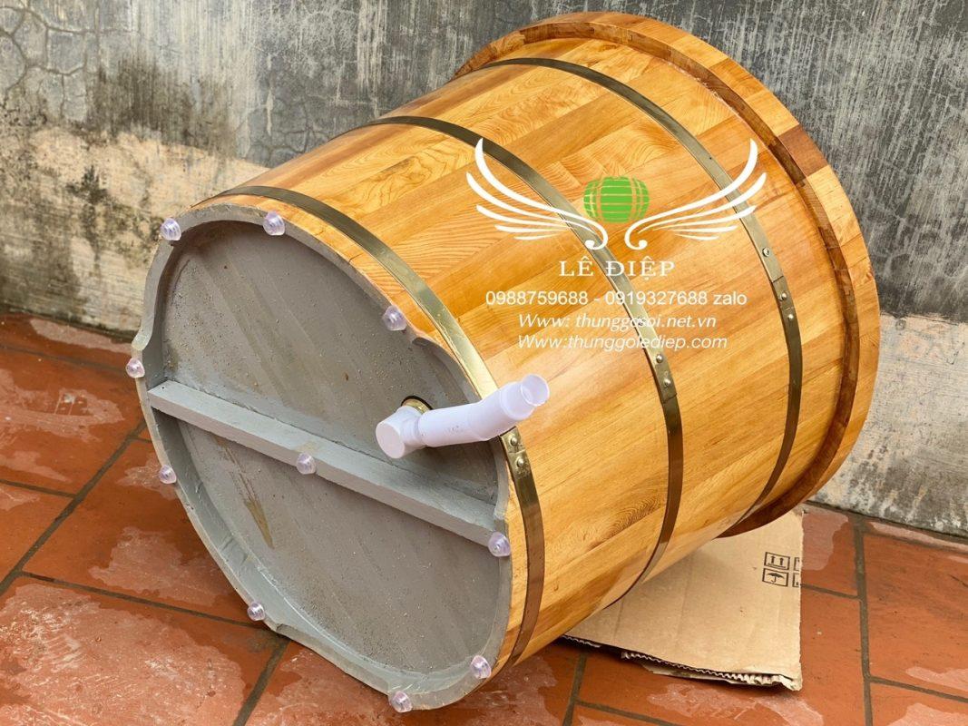 đáy bồn tắm gỗ pơmu