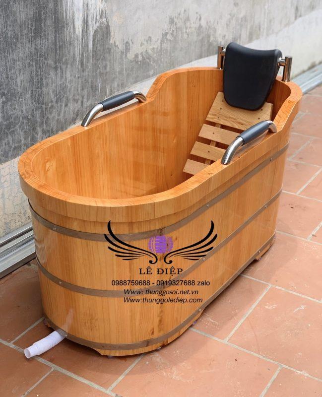 thùng tắm gỗ