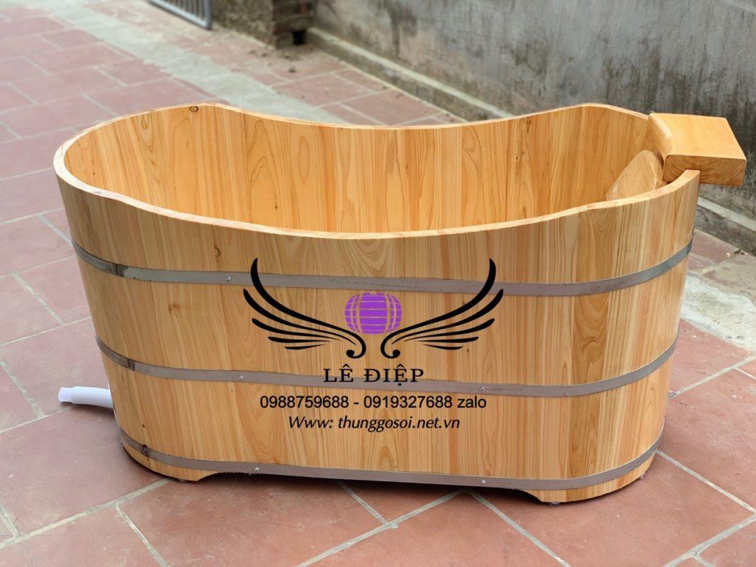 bồn tắm bằng gỗ pơmu