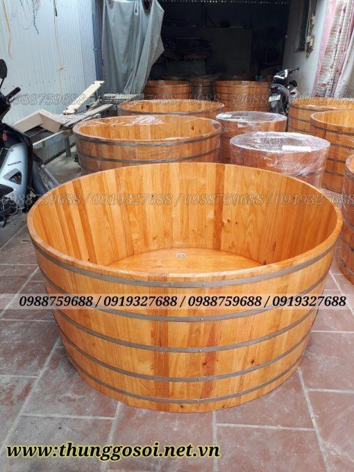 bồn tắm gỗ thông