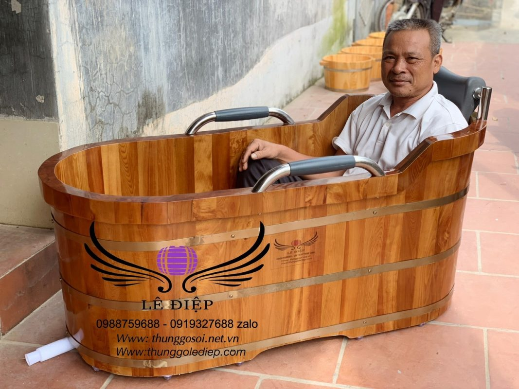 bồn tắm gỗ oval pơmu