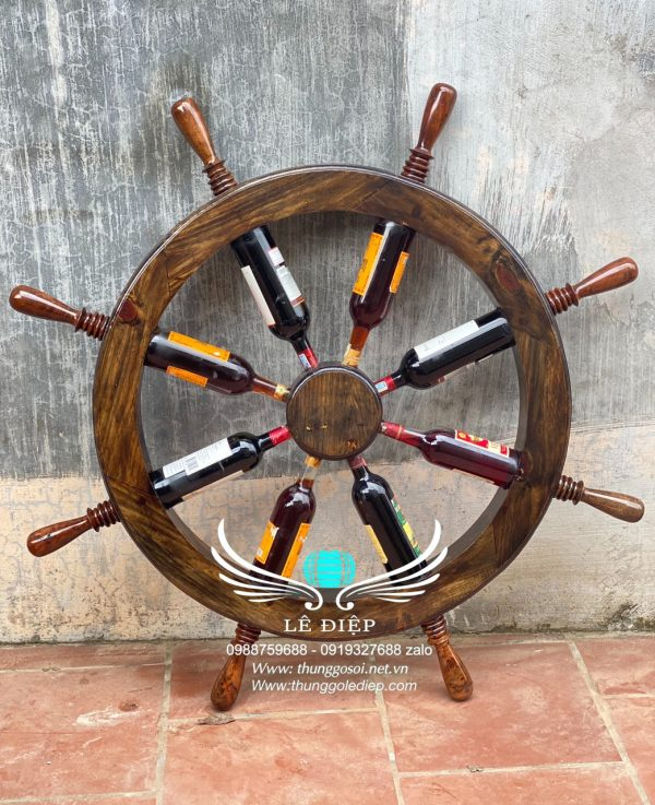 bánh lái thuyền trưng bày